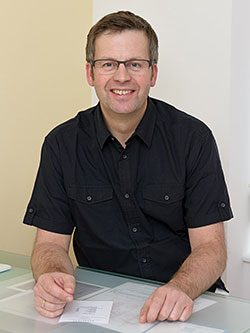 Eric Husson Osteopath und Physiotherapeut